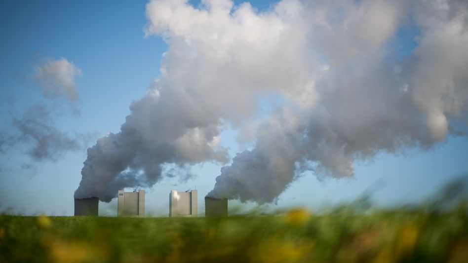 Kohlekraftwerk von RWE in Bergheim