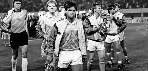 Fußball-Quiz: Wer entriss der DDR die Teilnahme an der WM 1990?