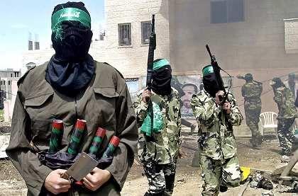 """Hamas-Aktivisten mit Attrappen von Sprengstoffgürteln: """"Keine Führertypen, sondern Gefolgsleute"""""""