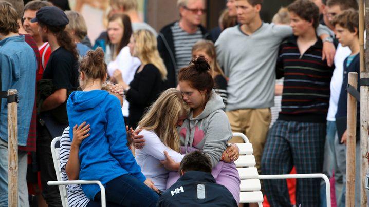 Doppelanschlag in Norwegen: Schießerei in Jugendcamp, Bombe in Oslo