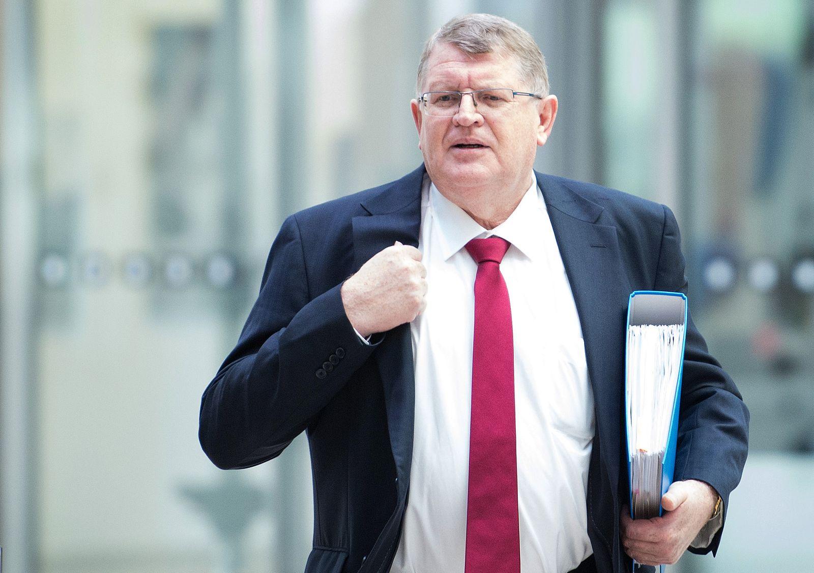 Korruptionsaffäre um NRW-Baubetrieb vor Gericht