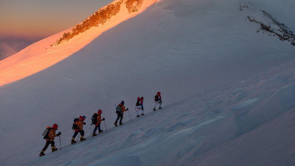 Bergsteiger am Elbrus (Archivbild)