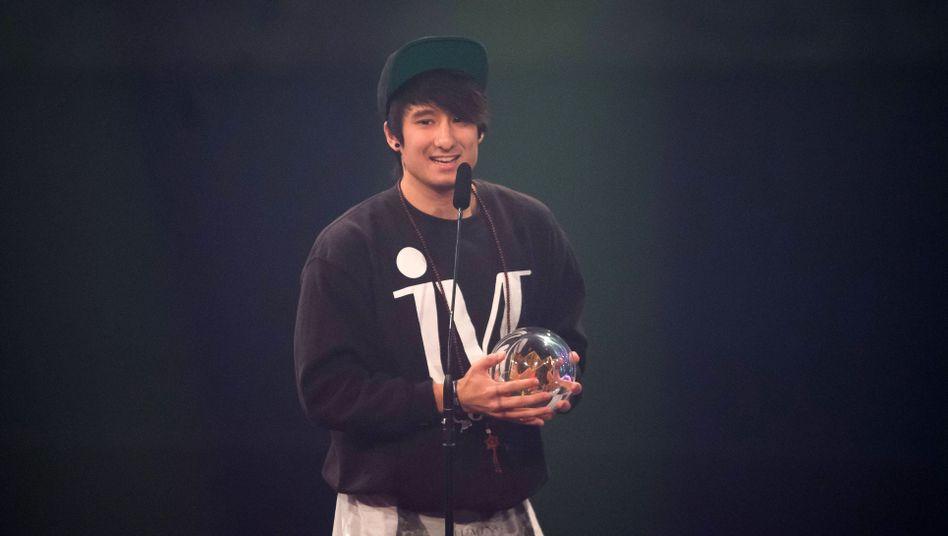 YouTube-Star Julien Bam soll Jugendliche von der Berufsberatung per Whatsapp überzeugen