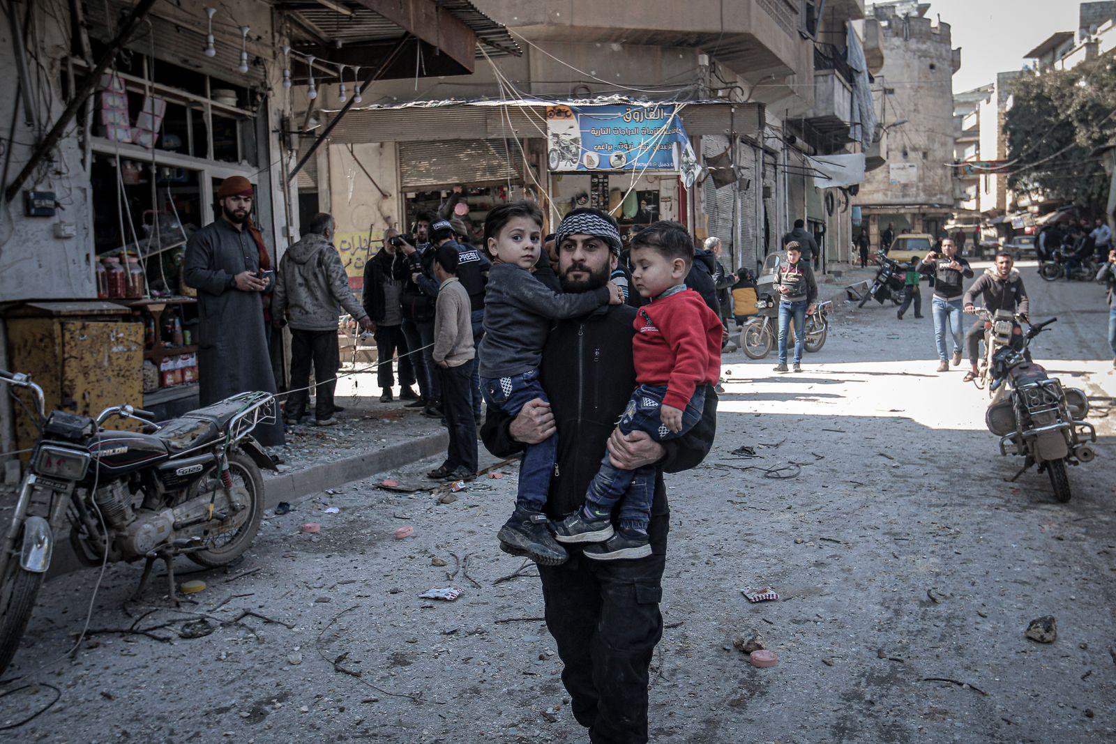 Airstrikes continue to hit Idlib