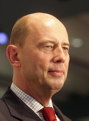 """Verkehrsminister Tiefensee: """"Absurde Zusammenhänge"""""""