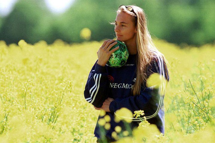 In der Bundesliga war Lindemann zuletzt von 1997 bis 1999 für den Buxtehuder SV im Einsatz und spielte danach bis 2009 in Dänemark