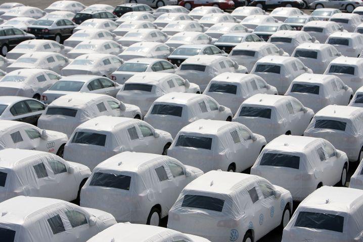 Export von VW-Wagen in Emden: Massive Überkapazitäten