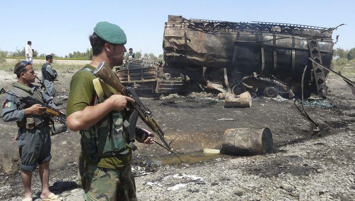 Relikte am Kunduz-Fluss: Was von den Tanklastern übrig blieb