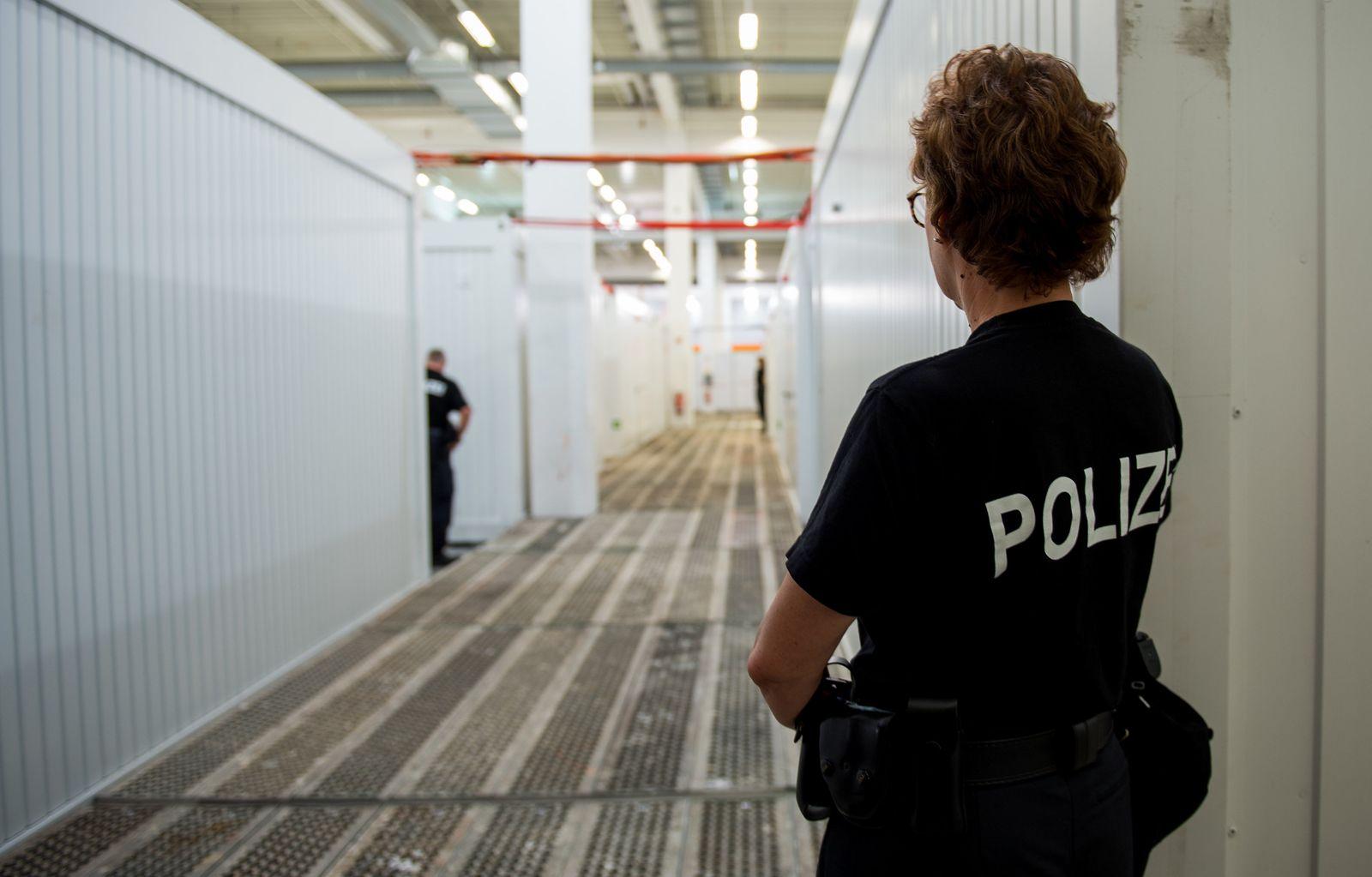 Gefangenensammelstelle für G20-Gipfel