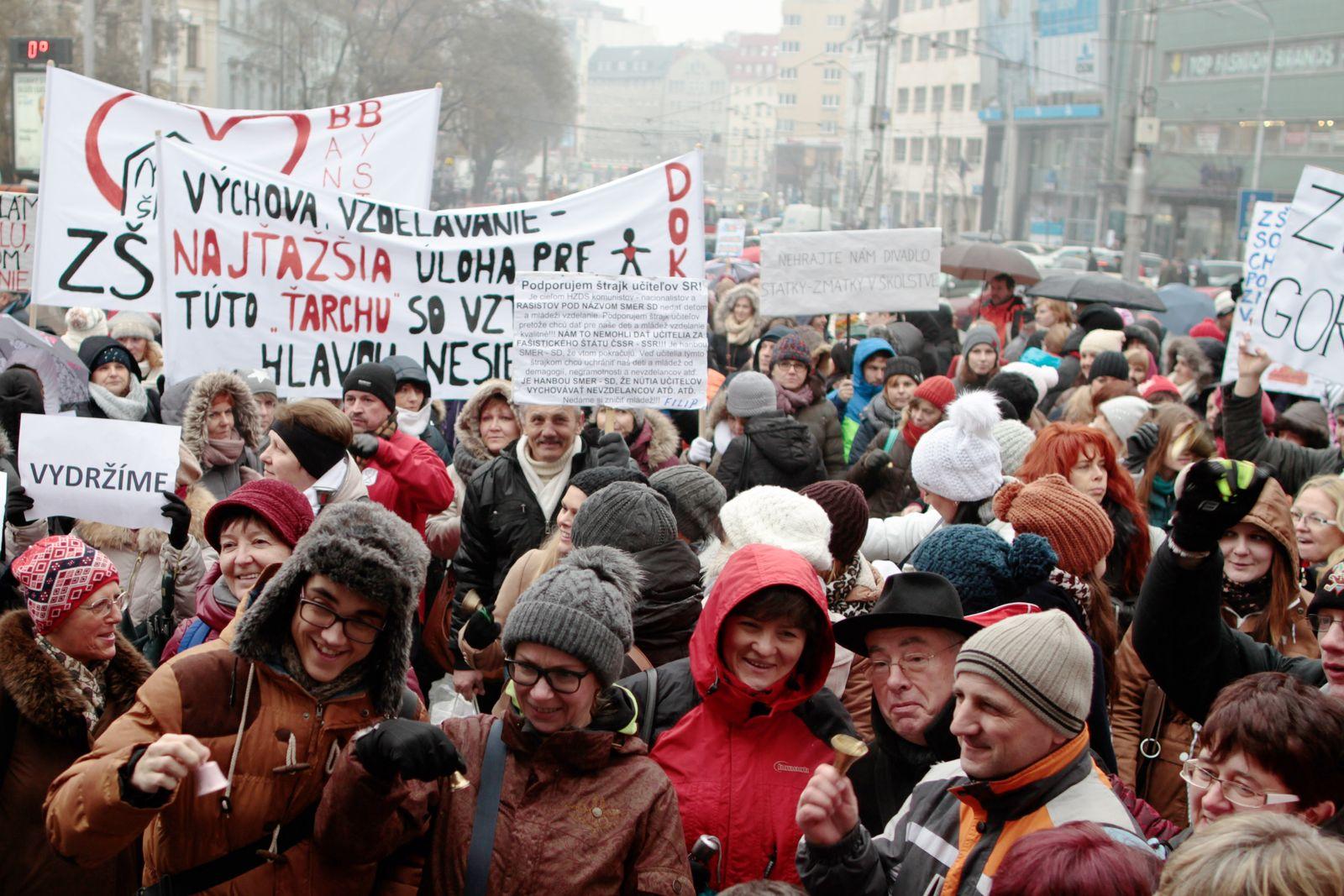 NICHT MEHR VERWENDEN! - EINMALIGE VERWENDUNG Bratislava Streik