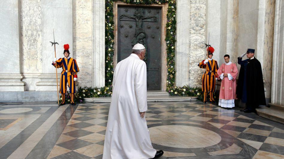 Papst Franziskus: Das Kirchenoberhaupt soll eigens eine Messe verlassen haben, um für einen Erfolg der Klimakonferenz zu sorgen