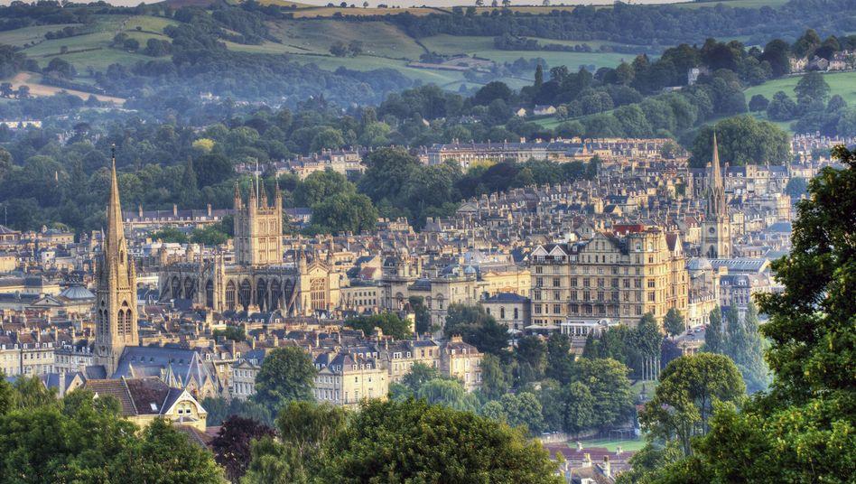 Stadt zwischen grünen Hügel: Bath eröffnet einen Tunnel nur für Radler