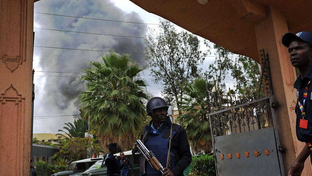 Geiselnahme in Nairobi: Schüsse und Explosionen im Morgengrauen
