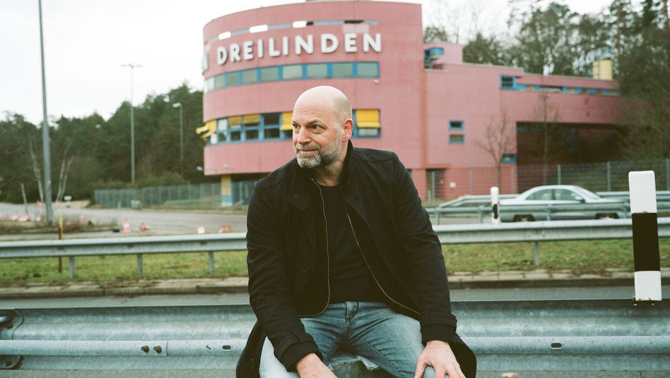 Autor Florian Werner: Er fühlt sich fremd an diesem Ort