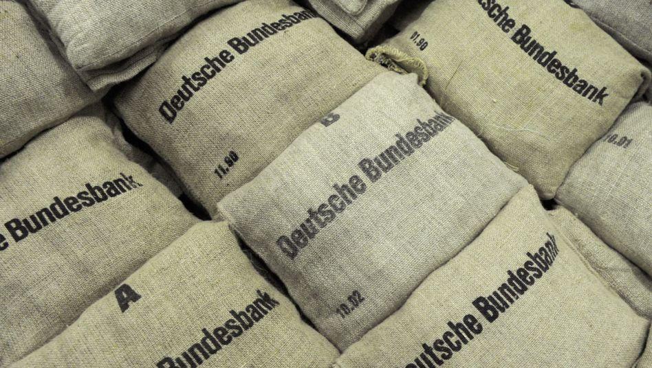 Geldsäcke der Bundesbank: Druck der Politik?