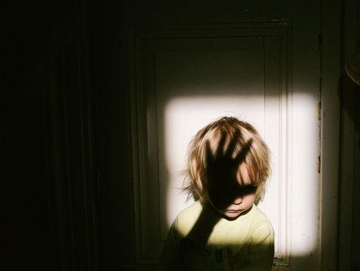 Missbrauch in der Familie? Viele Fälle kommen nie ans Licht