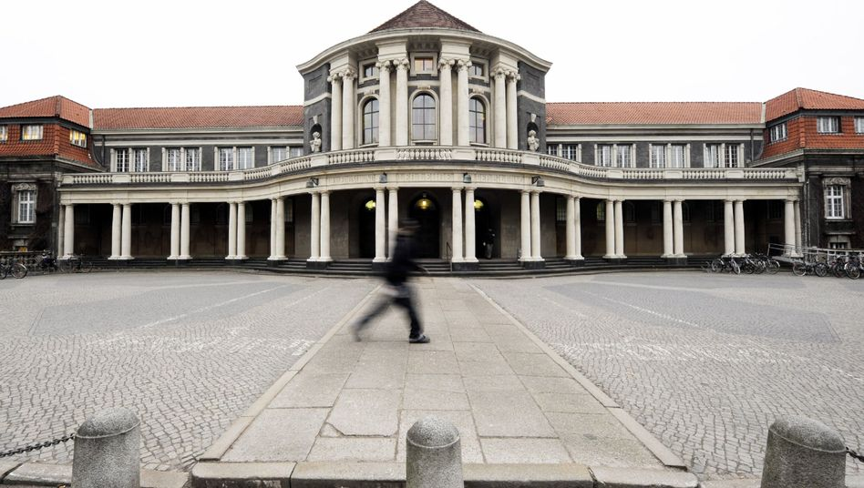 Uni Hamburg: 18Millionen Euro im Sparstrumpf