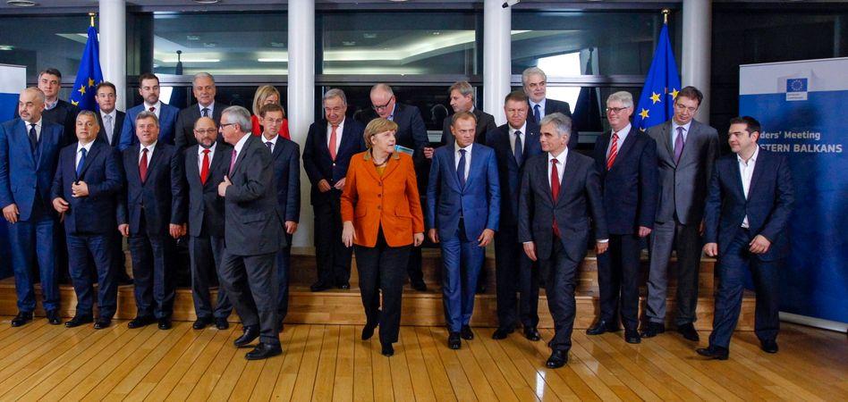 """Gruppenfoto in Brüssel: Die Gesamtprobleme """"noch nicht"""" gelöst"""