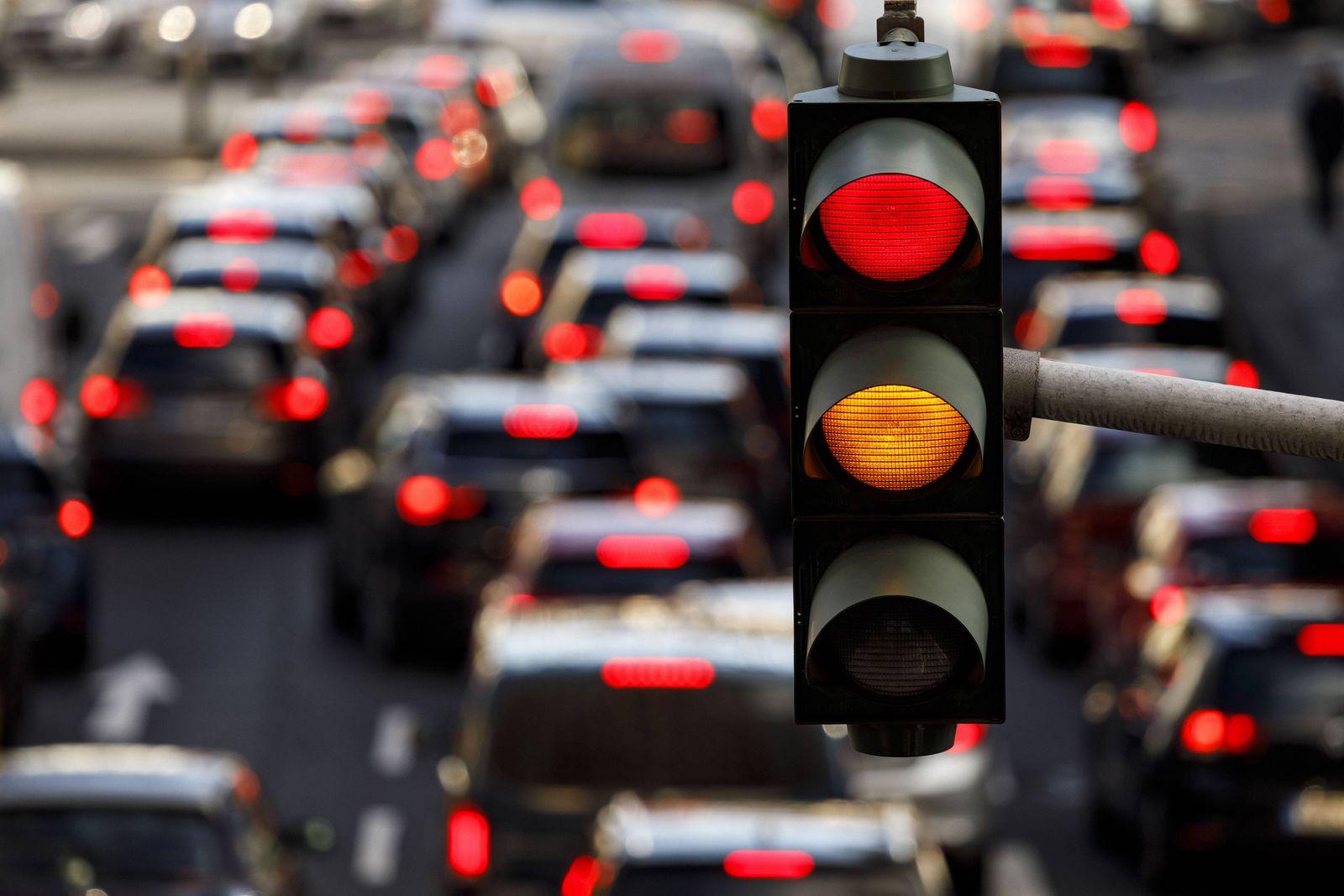 EINMALIGE VERWENDUNG Diesel/ Fahrverbot/ Rote Ampel