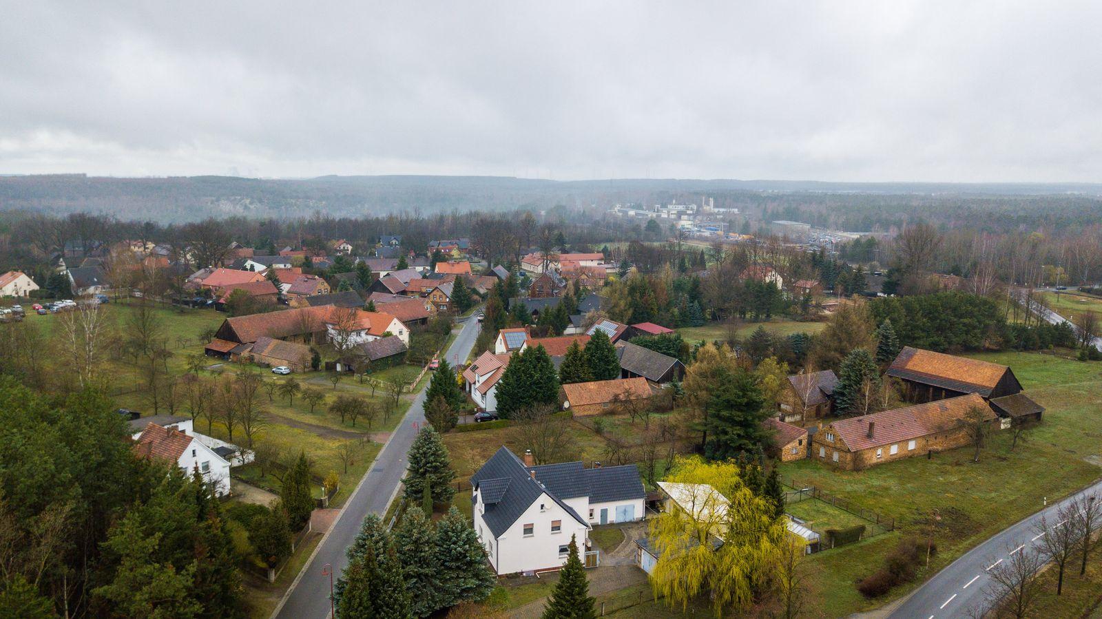 Braunkohleabbau in der Lausitz - Dorf Mühlrose