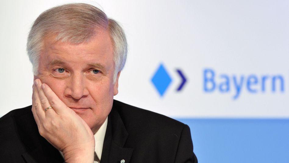 """Bayerns Ministerpräsident Seehofer: """"Ganz dafür, ganz dagegen, irgendwas in der Mitte"""""""