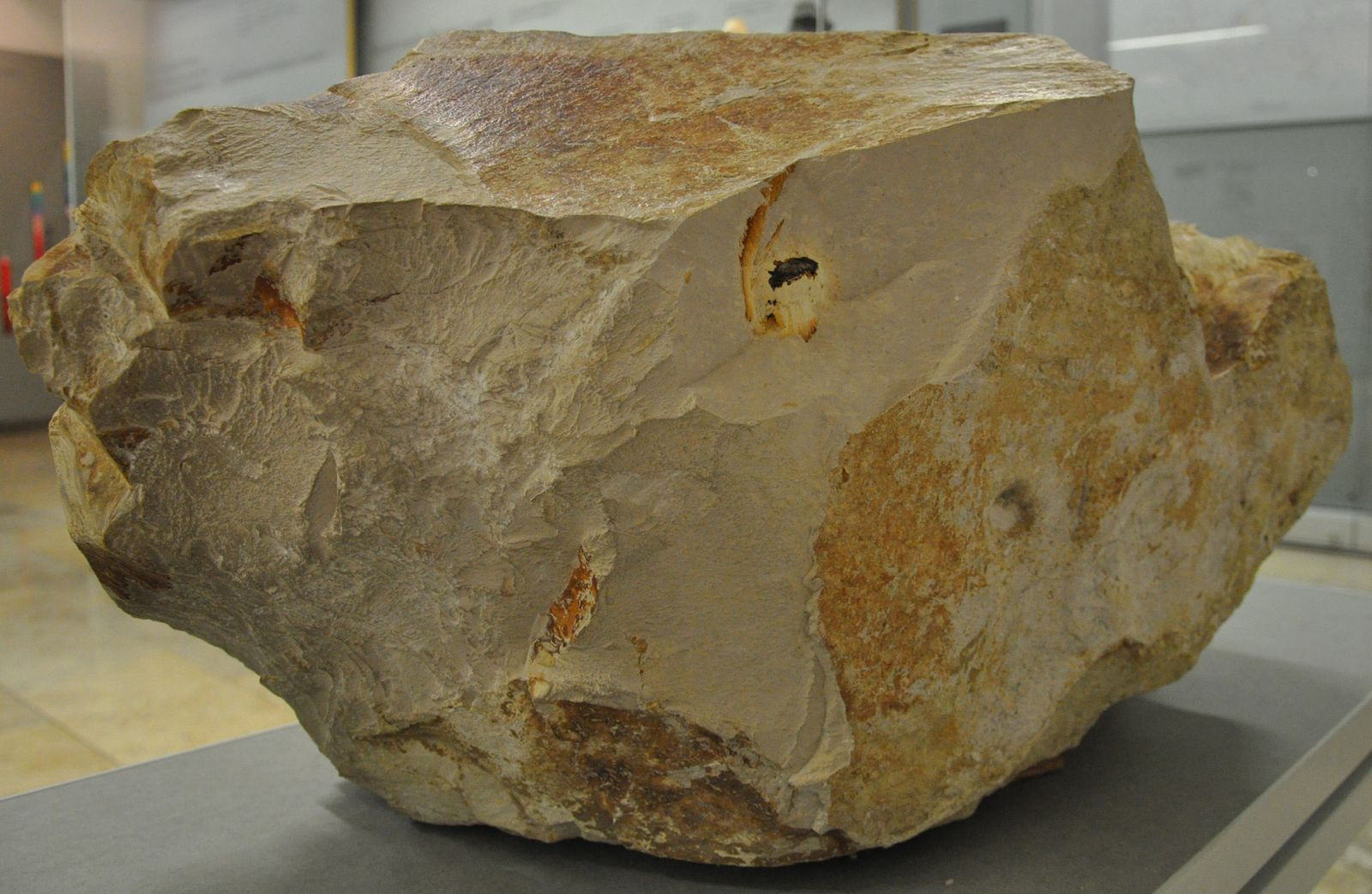 EINMALIGE VERWENDUNG Meteorittensplitter