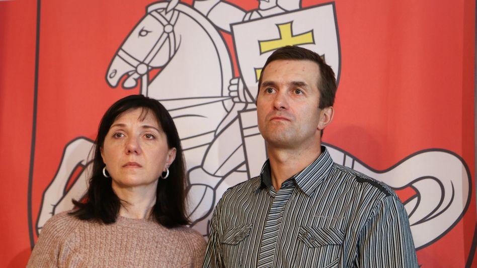 Natalia und Dmitri Protassewitsch: Eltern des belarussischen Bloggers flehen um Hilfe