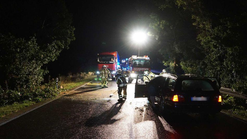 Schwieberdingen in Baden-Württemberg: Feuerwehr im Einsatz