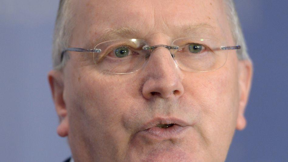Staatssekretär Fritsche: Bessere Kontrolle der Nachrichtendienste