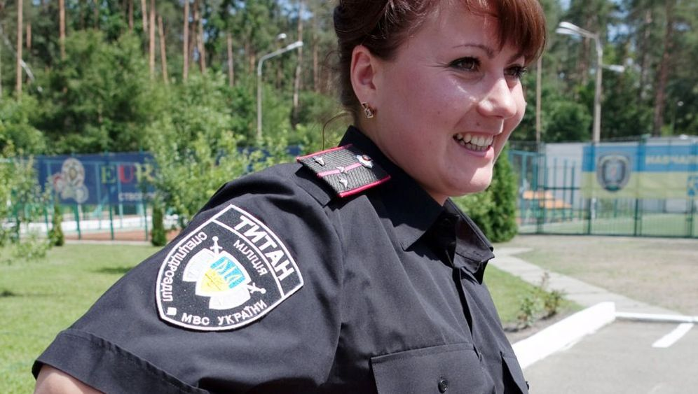 Photo Gallery: The 'Titan' Female Bodyguard Unit
