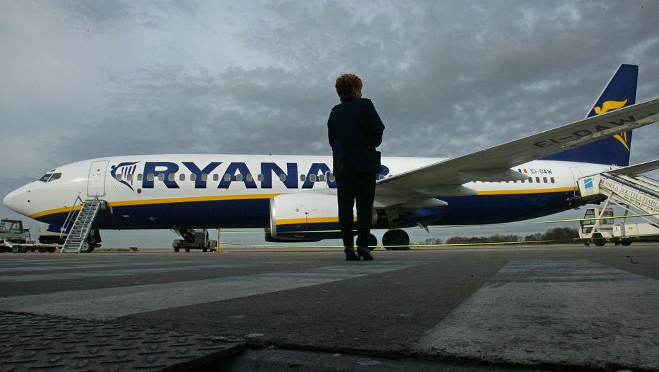 Irischer Billigflieger: Drei Ryanair-Maschinen sollen in Valencia notgelandet sein