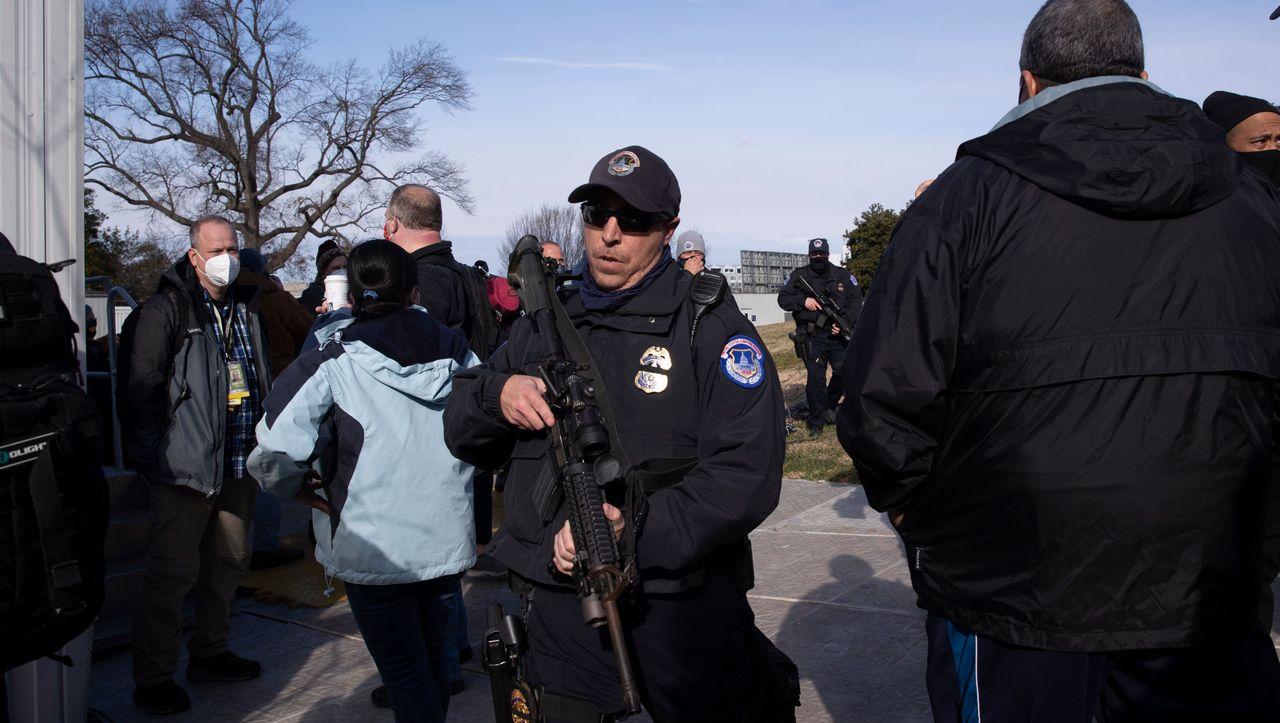Vor Amtseinführung von Joe Biden: Feuer nahe US-Kapitol löst Alarm aus - DER SPIEGEL - Politik