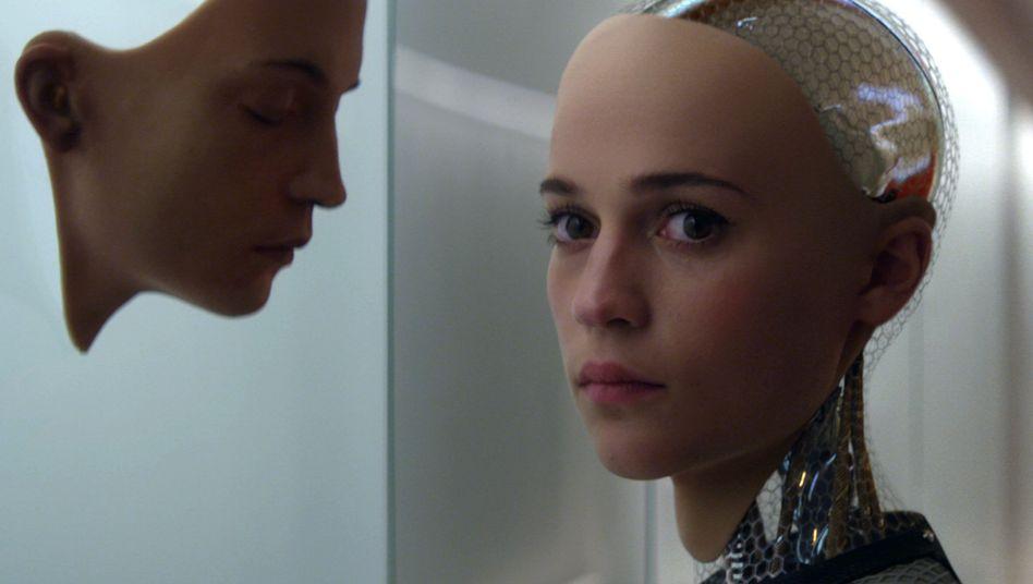 """Roboter-Thriller """"Ex Machina"""": Dem Größenwahn ein Gesicht geben"""