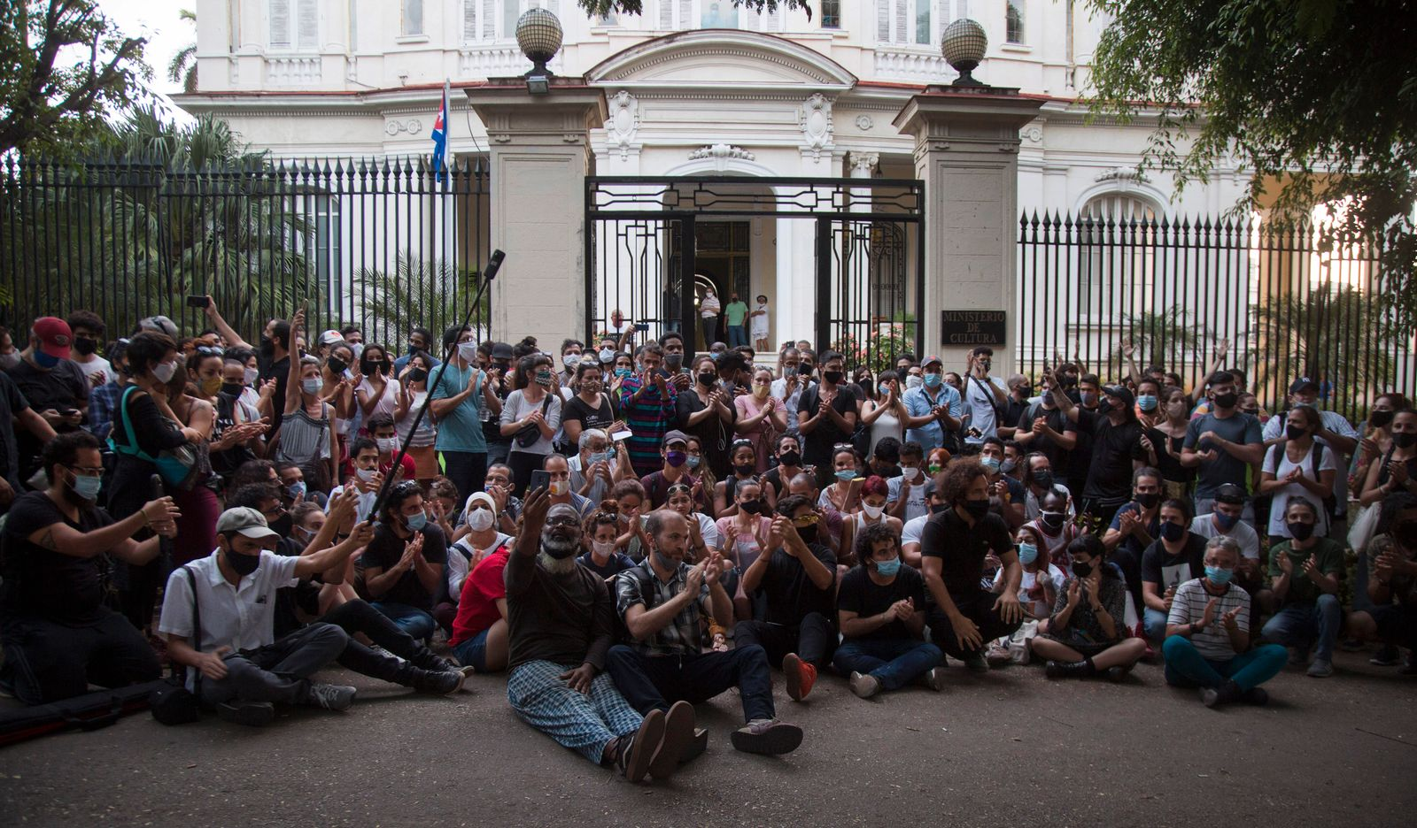 Cuba Artist Protest