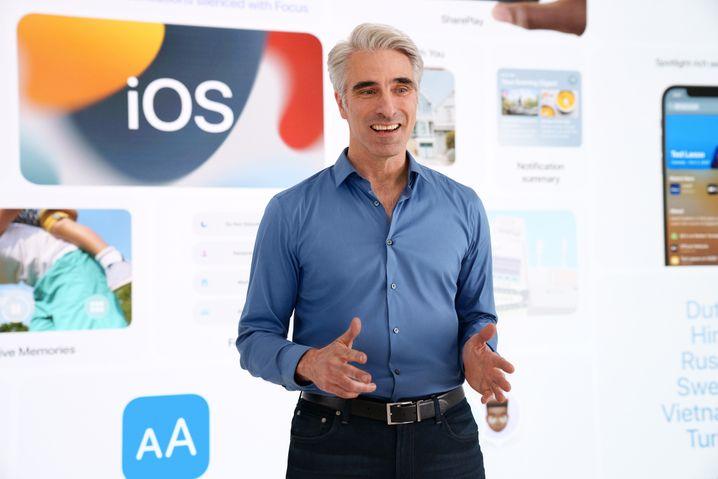 Chief Software Officer Craig Federighi menangkap sebagian besar presentasi