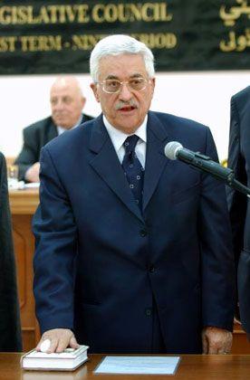 Mahmud Abbas bei der Vereidigung als Palästinensischer Präsident: Teil der inneren Reformen
