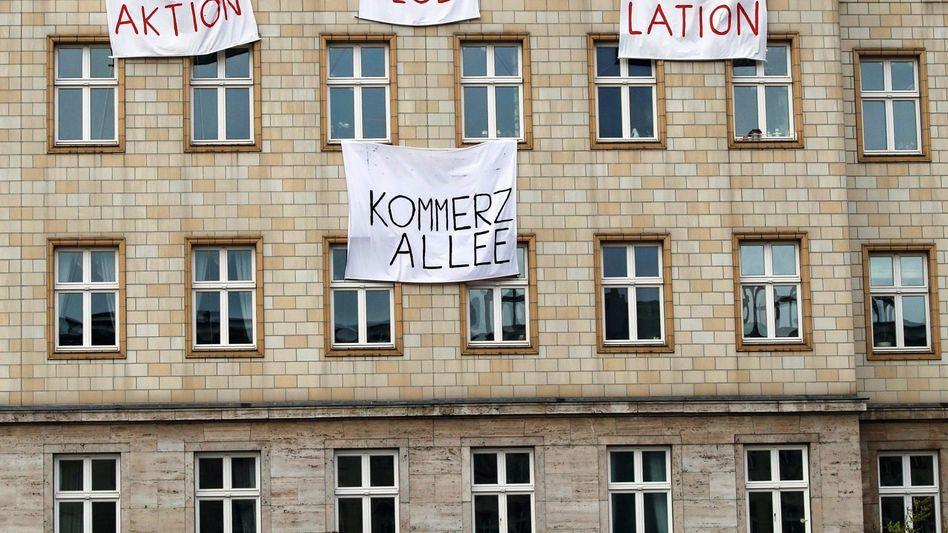 Haus der Deutschen Wohnen in der Berliner Karl-Marx-Allee
