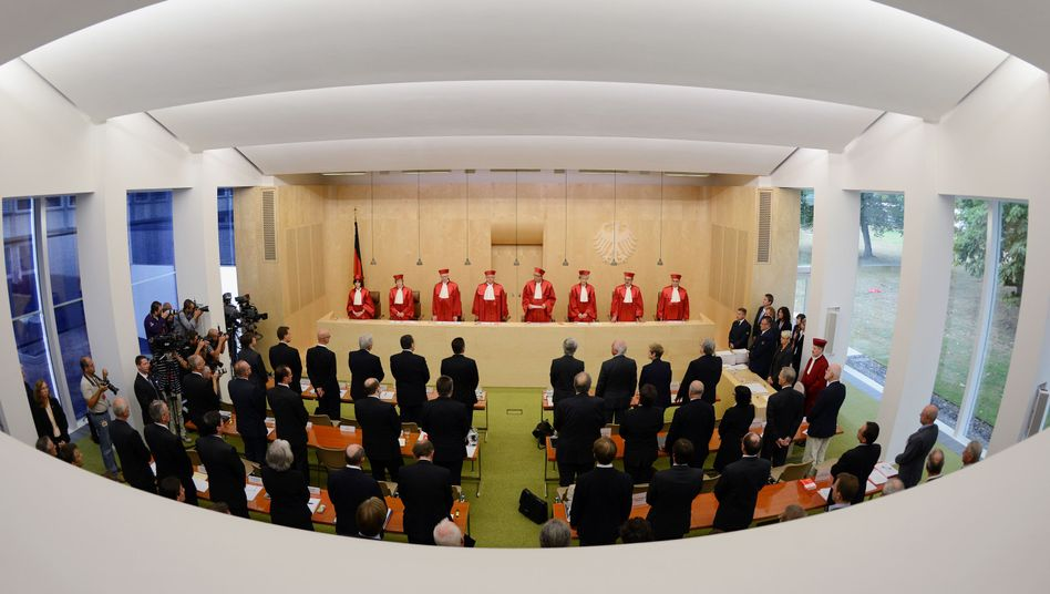 The justices of the Constitutional Court in Karsruhe delivered their preliminary verdict on the permanent euro rescue fund on Wednesday.