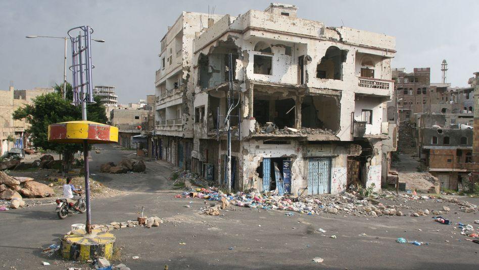 Zerstörtes Haus in der südjemenitischen Stadt Taiz