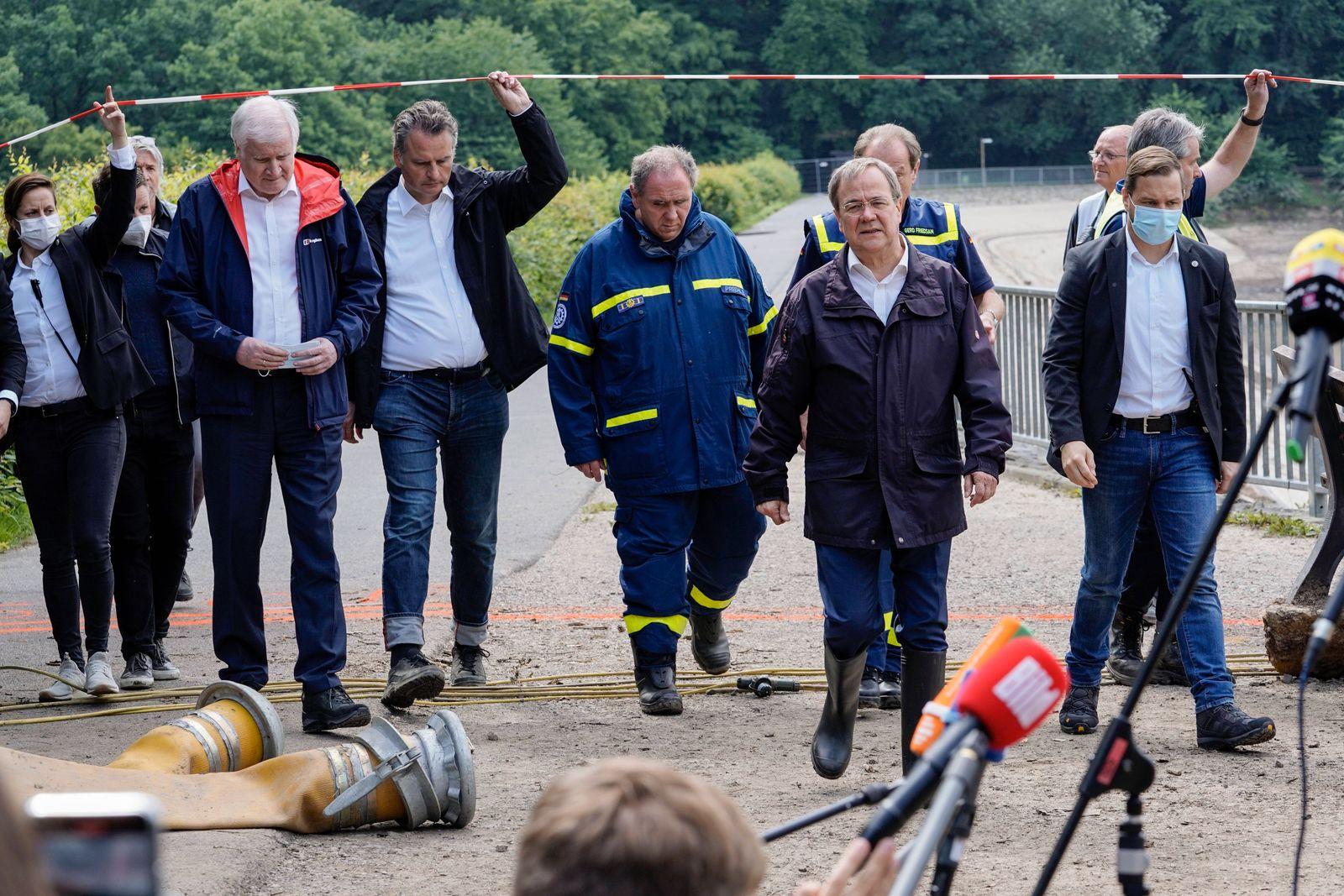 Bundesinnenminister besucht mit Ministerpraesident NRW THW Kraefte an der Steinbachtalsperre Aktuell, 19.07.2021, Euski