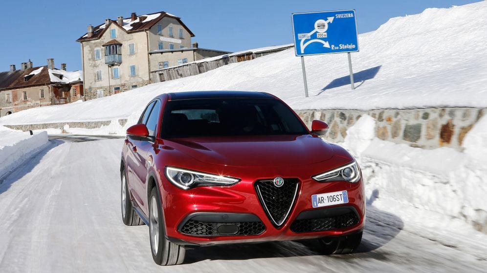 Autogramm Alfa Romeo Stelvio: SUV mit Scudetto