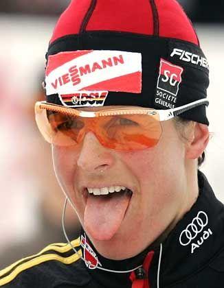 Doppelweltmeisterin Uschi Disl: Trotz schwacher Schießleistung wieder ganz oben auf dem Treppchen