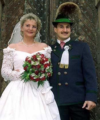 Georg Hackl bei seiner Hochzeit im Mai 1999