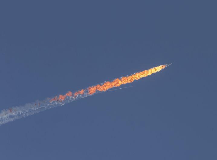 Brennender russischer Kampfjet