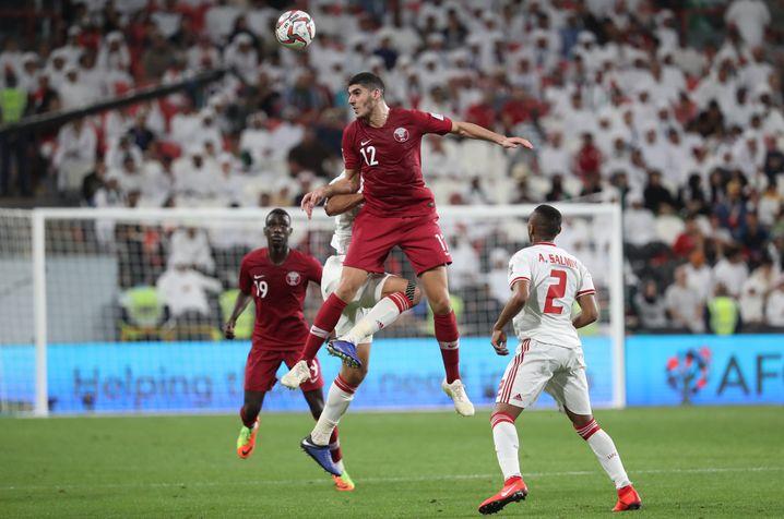Katars Mittelfeldspieler Karim Boudiaf während der Asienmeisterschaft in Katar: Für die WM 2022 ist das Land als Ausrichter automatisch qualifiziert.