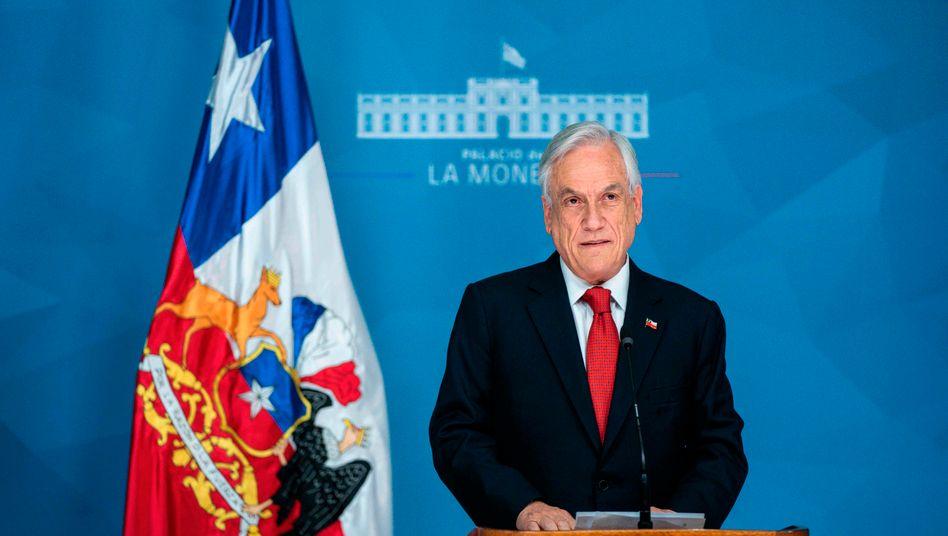 Sebastián Piñera: Dem konservativen Staatschef werden Verbrechen gegen die Menschlichkeit vorgeworfen