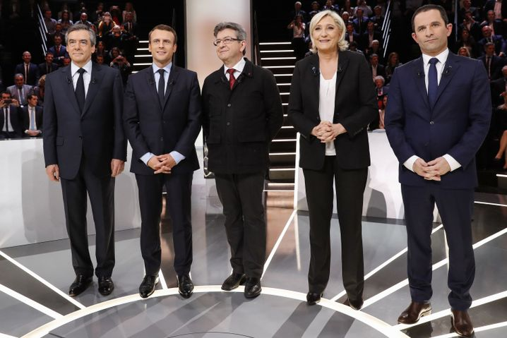 François Fillon, Emmanuel Macron, Jean-Luc-Mélenchon, Marine Le Pen und Benoît Hamon (von links nach rechts)