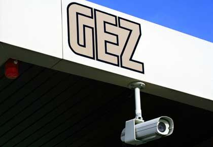 GEZ: Zieht Rundfunkgebühren ein und mahnt Internetseiten ab