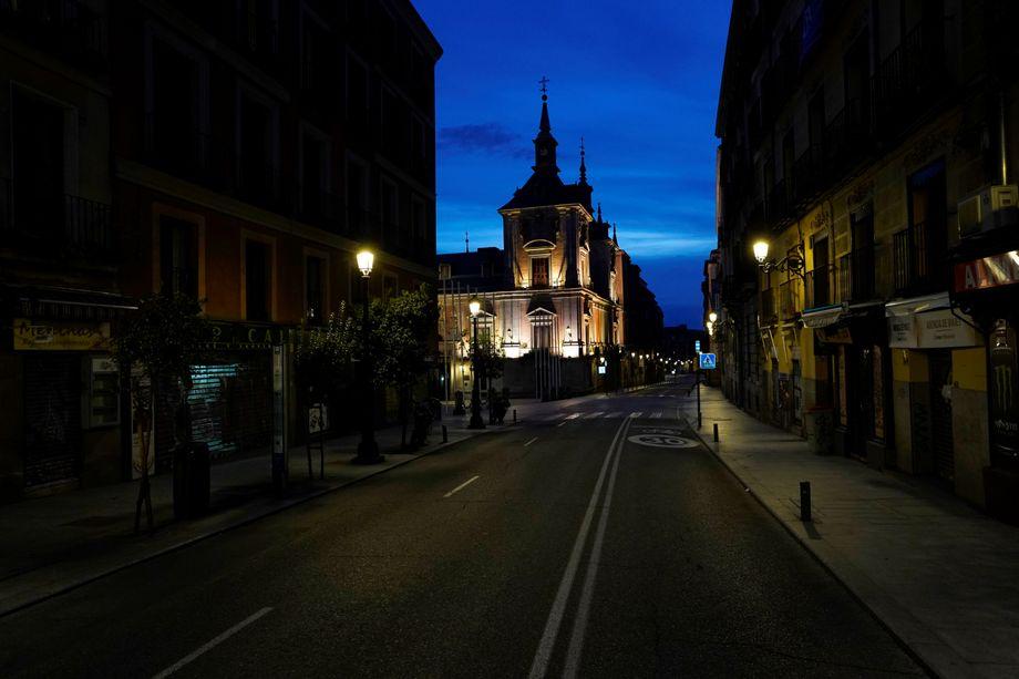 Die Calle Mayor in Madrid, normalerweise eine der geschäftigsten Straßen des Landes