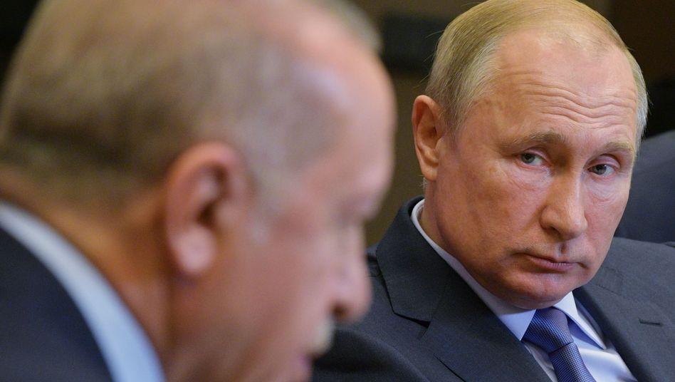 Präsidenten Erdoǧan, Putin: Komplizierte Beziehung